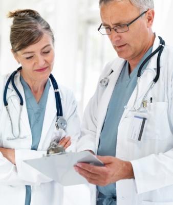 Доктора в онкологический клинике в Германии